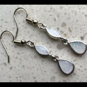 BRAND NEW WHITE FIRE OPAL.925 SILVER EARRINGS
